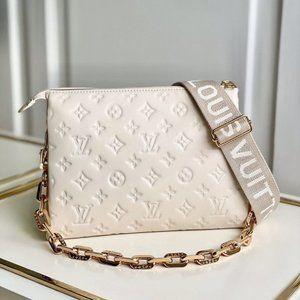 NWT Ŀọuιs Ṿuιttọn Gorgeous Crossbody Bag 💖Y6